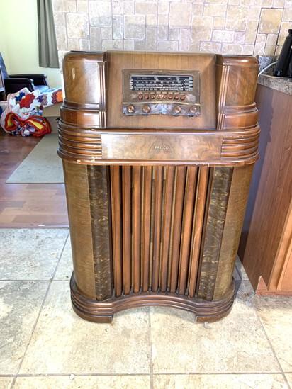 1940's Philco Radio