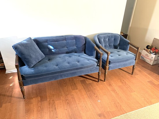 Settee and Side Chair