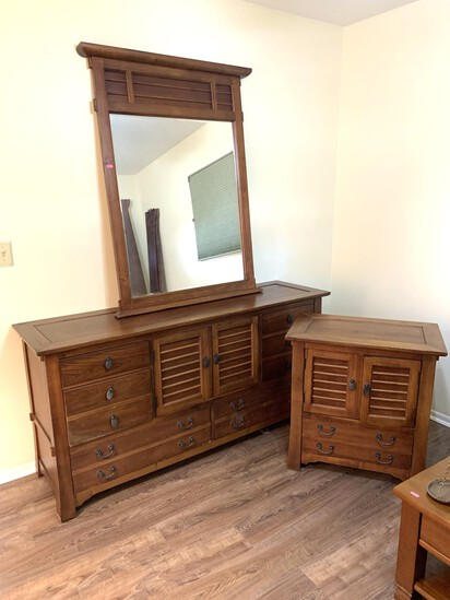 Bassett Furniture, Dresser with Mirror and Night Stand