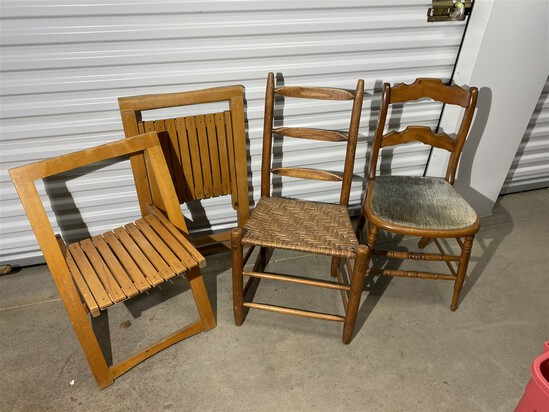 Lot of 4 chairs including folding Mid Century