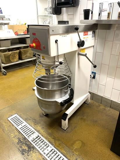 Bear Varimixer V40 Commercial Mixer  Including Dough Hook