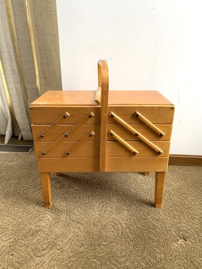 Vintage AS Strommen Bruk Hamar Accordion Style Sewing Box