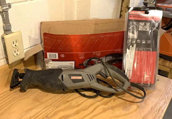Craftsman Compact Reciprocating Saw Including Extra Blades