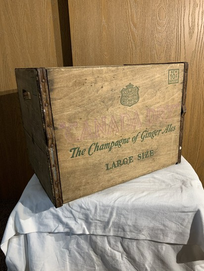 Canada Dry Ginger Ale Crate