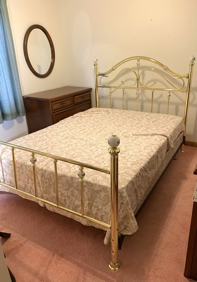 Queen Sized Brass Toned Bed