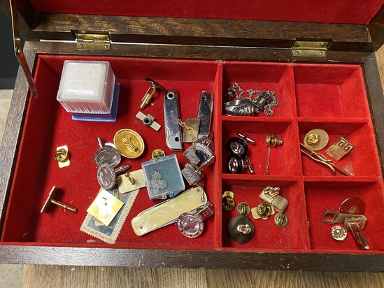 Jewelry box and contents lot