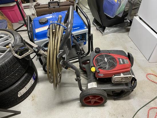 Briggs & Stratton Pressure Washer with Accessories
