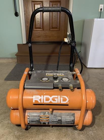 Ridgid 5 Gallon Portable Air Compressor