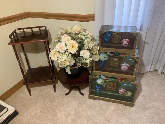 Set of 3 Nesting Trunks, Flower Vase with Stand and Spindle Stand
