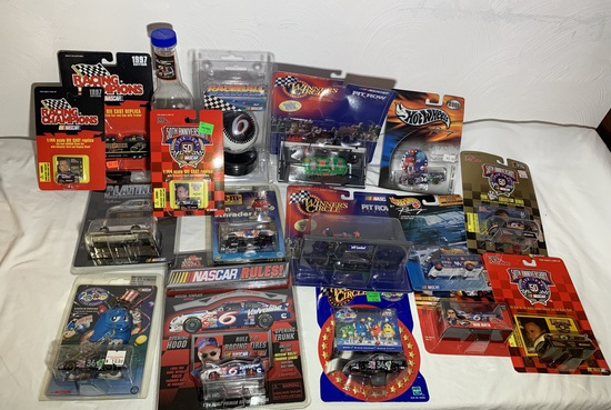 Group lot of assorted diecast cars