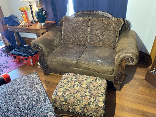 Nice leather fancy couch with footstool