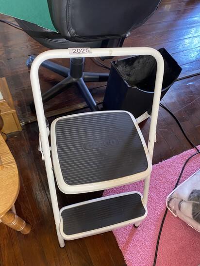 Cosco stool