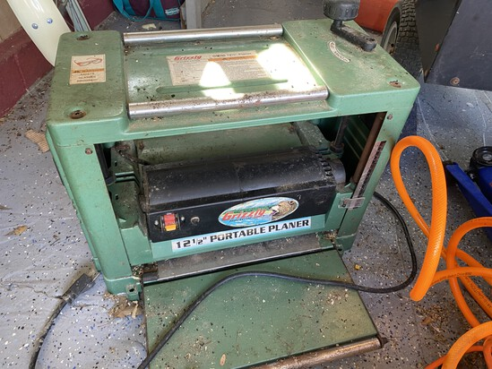 "12 1/2"" Grizzly Portable Planer"