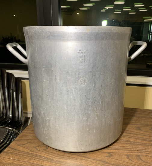 NSF Wear-Ever Aluminum 40 Quart Pot