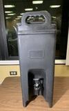 Carlisle Cateraide Insulated Beverage Server/Dispenser