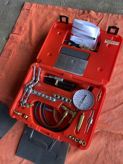 Fuel Injector Pressure Tester in Case by NAPA