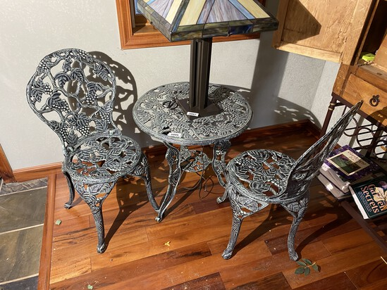 Cast Aluminum Weathered look Garden Table and Chairs