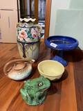 Art Pottery lot including Weller frog, McCoy