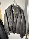 Eddie Bauer Legend Size Large Leather Jacket