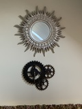 1 Mirror and 1 Decorative Gear Clock