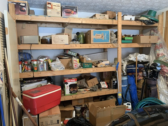Garage Clean Out - Lots of Vintage Kitchen Items, Golf Clubs, Flower Pots & More