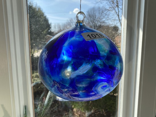 Hanging art glass ball or ornament
