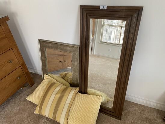 Two mirrors plus pillows