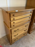 Nice vintage bureau or chest of drawers