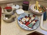 Group lot of kitchen wares