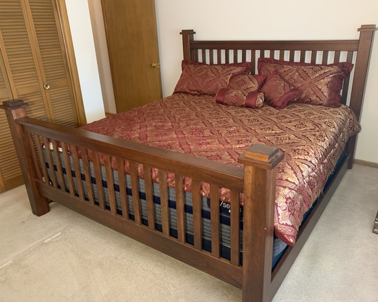 King Size Bed with Serta iseries Hybrid Mattress