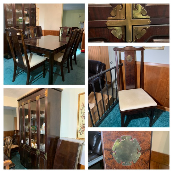 Beautiful Bernhardt Dining Table, Chairs & China Cabinet