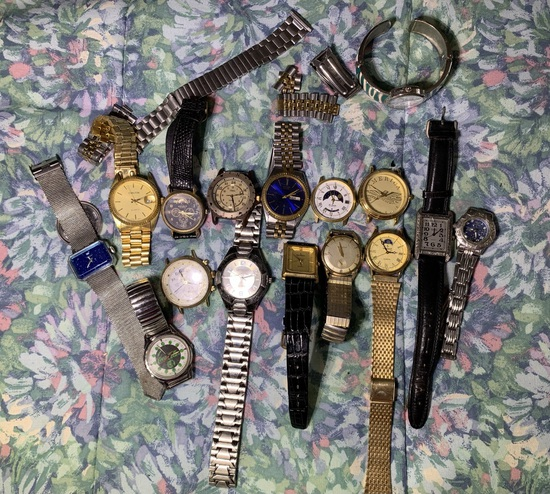 Nice Group of Men's Watches - Hennessey, Coca Cola, Bulova, Carlton & More