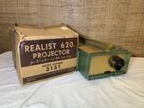 Vintage Realist 620 Projector Model 3151.