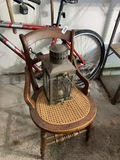 Antique English Cargo Light plus chair