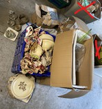 Group lot vintage items inc. Pfaltzgraff pottery set