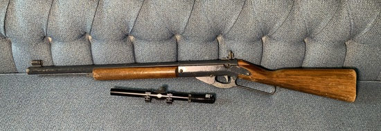 Daisy BB Gun Model 99 with Daisy Scope & BB's