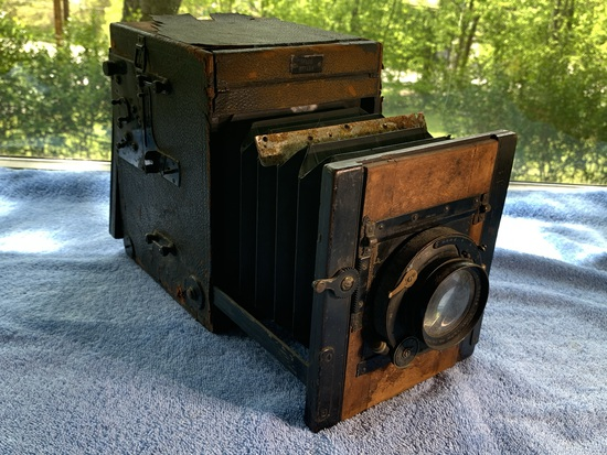 Ipsco Reflex England Box Camera with Bausch - Lomb lens