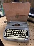 Singer Portable Typewriter with Case