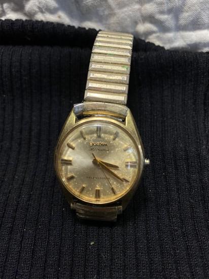Vintage Bulova 30 Jewels Self Winding Watch