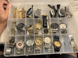 Large lot of assorted watches