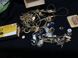 Costume jewelry, 14 gold and more lot