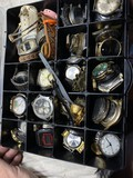 Case lot of assorted vintage watches