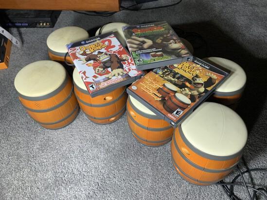 4 Sets Nintendo GameCube Bongos plus Donkey Kong games