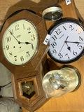 Vintage clocks lot