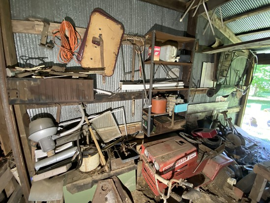 Large barn area cleanout lot