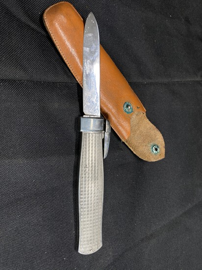 Large sized antique retractable knife