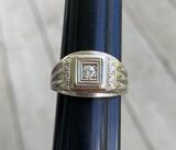 14k gold heavy mens' diamond ring