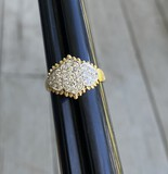 18k gold and diamond lady's cocktail ring