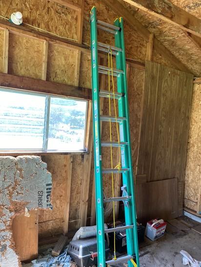 Nice Green Fiberglass Extension ladder by Werner