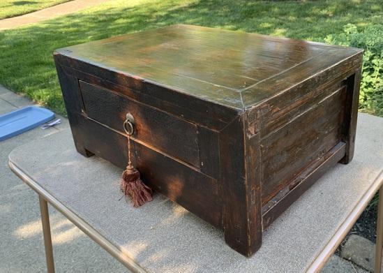 Nice Early Dresser Box